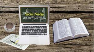 social-media-home-office-business