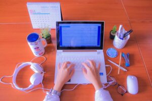computer-work-office-laptop